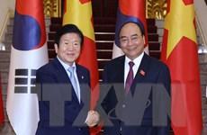 Thủ tướng Nguyễn Xuân Phúc tiếp Chủ tịch Quốc hội Hàn Quốc