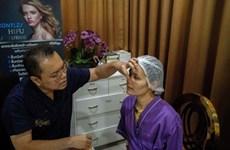 'Ngày Độc thân' giúp ngành phẫu thuật thẩm mỹ Thái Lan sôi động