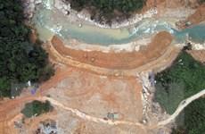 Hình ảnh từ trên cao công việc nắn dòng, cứu hộ ở Rào Trăng
