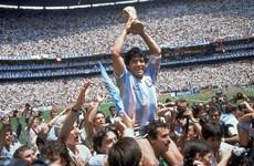 """[Mega Story] Vì sao Maradona mãi """"bất tử"""" trong lòng người hâm mộ"""