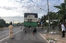 Lái xe máy đâm vào xe tải đỗ ven đường, nam thanh niên tử vong