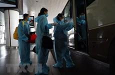 Việt Nam thêm 10 ca mắc COVID-19, cách ly ngay khi nhập cảnh