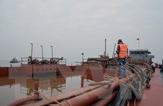 Cảnh sát biển tạm giữ tàu chứa 1.000m3 cát không có giấy tờ hợp lệ