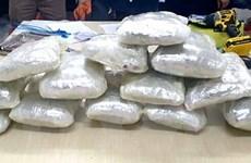 Bắt giữ đối tượng người nước ngoài vận chuyển ma túy vào Việt Nam
