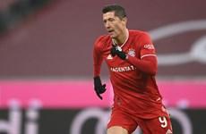 Giúp Bayern hạ Wolfsburg, Lewandowski chạy đà ấn tượng cho The Best