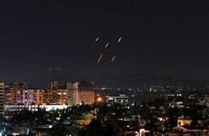 Israel tấn công nhằm vào căn cứ không quân Syria, 1 binh sỹ thiệt mạng