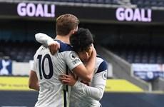 Premier League: Tottenham trở lại tốp 3, Arsenal thắng tưng bừng