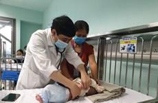 Quảng Bình: Nhiều người già, trẻ nhỏ nhập viện vì trời rét kéo dài