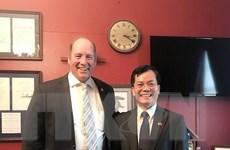 Đại sứ Việt Nam tại Hoa Kỳ điện đàm với Hạ nghị sỹ Ted Yoho