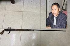 Lào Cai: Khởi tố đối tượng dùng súng tự chế bắn trọng thương vợ