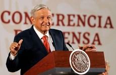 Tổng thống Mexico tiêm vắcxin ngừa COVID-19 của Trung Quốc