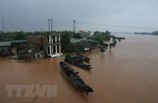 Ấn Độ ủng hộ nhân dân chịu thiệt hại do lũ lụt miền Trung Việt Nam