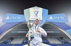 Ronaldo đi vào lịch sử trong ngày Juventus giành Siêu cúp Italy
