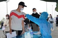 Tổ chức đón người lao động từ tỉnh ngoài đến Quảng Ninh làm việc