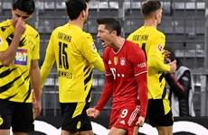 Lewandowski lập hat-trick, Bayern ngược dòng thắng đậm Dortmund