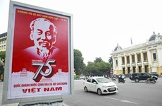 Hà Nội thí điểm phân luồng khu vực Quảng trường Cách mạng Tháng Tám