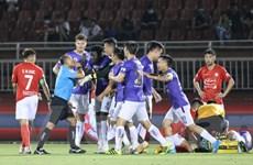 Thắng đậm TP.HCM, Hà Nội FC tạm leo lên ngôi đầu V-League 2021