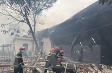 Thanh Hóa: Khống chế đám cháy lớn tại công ty may IVORY