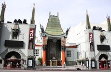 [Video] Rạp chiếu phim biểu tượng của Hollywood mở cửa trở lại