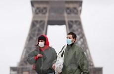 Dịch COVID-19: Pháp cấm đồ uống có cồn tại nơi công cộng