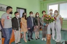 Người Việt tại CH Séc cùng chính quyền sở tại chống đại dịch COVID-19