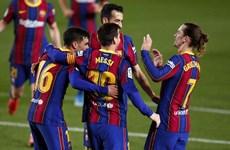 Lionel Messi tỏa sáng giúp Barcelona giành chiến thắng 'hủy diệt'