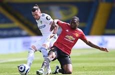 Chia điểm cùng Leeds, M.U giúp Man City rút ngắn ngày đăng quang