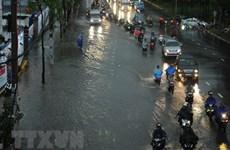 Không khí lạnh tiếp tục gây mưa lớn nhiều nơi ở Bắc Bộ và Trung Bộ