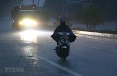 Chiều tối và đêm 30/4, các khu vực trên cả nước đều có mưa