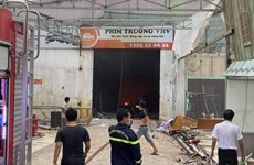 TP.HCM: Hỏa hoạn tại phim trường, nhiều người hốt hoảng tháo chạy