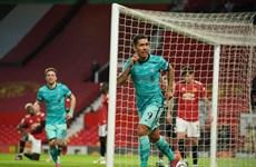 Ngược dòng hạ M.U, Liverpool áp sát tốp 4 Premier League