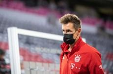 Miroslav Klose đón nhận tin sốc, phải tạm rời xa trái bóng