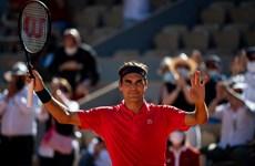 Roland Garros: Federer tốc hành vào vòng 2, Naomi Osaka bỏ giải