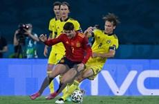 HLV Luis Enrique tiếp tục đặt niềm tin vào chân sút Alvaro Morata