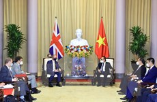[Photo] Chủ tịch nước Nguyễn Xuân Phúc tiếp Bộ trưởng Ngoại giao Anh