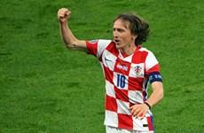 Luka Modric tỏa sáng đưa đội tuyển Croatia vào vòng 1/8 EURO 2020