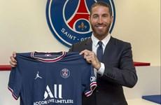 Trung vệ Sergio Ramos chính thức gia nhập Paris Saint-Germain
