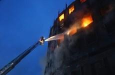 Hỏa hoạn tại nhà máy ở Bangladesh, hơn 30 người thương vong