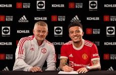 'Bom tấn' Jadon Sancho chính thức gia nhập Manchester United