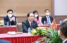 Phó Thủ tướng Lê Văn Thành hội đàm với Phó Thủ tướng Chính phủ Lào