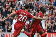 Đánh bại Burnley, Liverpool tạm chiếm ngôi đầu Premier League