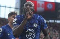 Lukaku ghi bàn ở trận ra mắt, giúp Chelsea đánh bại Arsenal