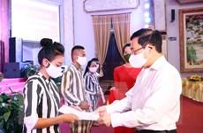 Phó Thủ tướng dự Lễ công bố quyết định đặc xá tại Trại giam Phú Sơn 4