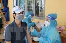 Bình Dương: Tính phương án cho người tiêm 2 mũi vaccine được ra đường
