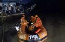 Hàng chục người thoát chết trong tai nạn đường thủy tại Ấn Độ