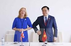 Chủ tịch Quốc hội tiếp Phó Chủ tịch Hạ viện Vương quốc Anh
