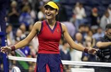 Tay vợt 18 tuổi liên tiếp tạo 'địa chấn,' đi vào lịch sử US Open