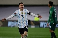 Lionel Messi lập hat-trick giúp tuyển Argentina giành chiến thắng