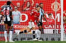 Cận cảnh Ronaldo ghi bàn thắng ngay trận ra mắt Manchester United