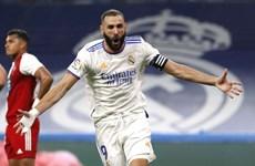 Benzema tỏa sáng giúp Real thắng đậm trong ngày trở lại Bernabeu